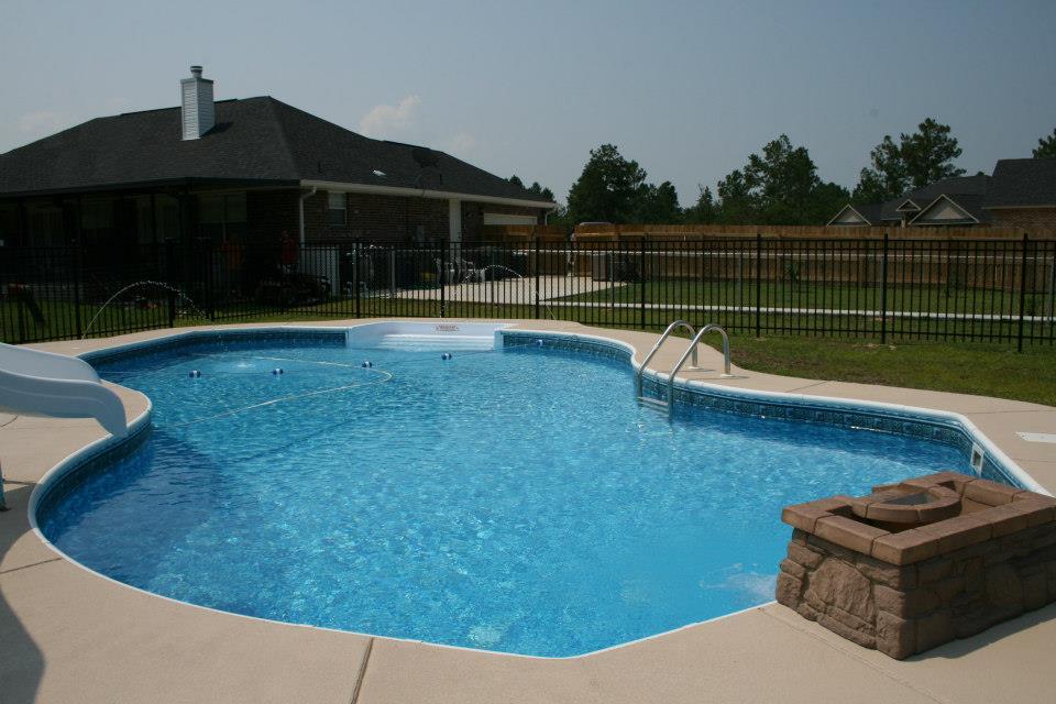 Vinyl liner pools vinyl liner pools alabama lee for Vinyl swimming pool